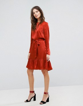photo Tie Up Frill Hem Dress by Y.A.S, color Red - Image 4