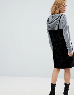 photo 2 in 1 Sweat Velvet Dress with Hood by Noisy May Petite, color Grey/Black - Image 2