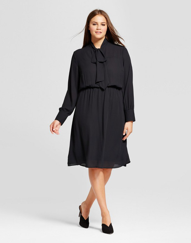 photo Plus Size Bow Tie Midi Dress by Who What Wear Black, color Black - Image 1
