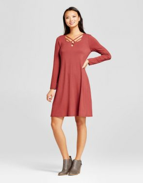 photo Knit Dress with Lattice Neck by Como Black, color Wine Red - Image 1