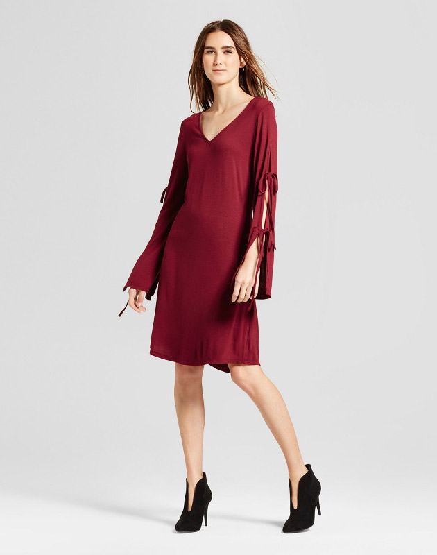 photo V-Neck Tie Sleeve Shift Dress by Alison Andrews, color Red - Image 1