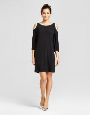 photo Cold Shoulder Shift Dress with Ribbed Hem by Chiasso, color Black - Image 1