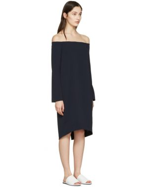 photo Navy Off-the-Shoulder Dress by Atea Oceanie - Image 2