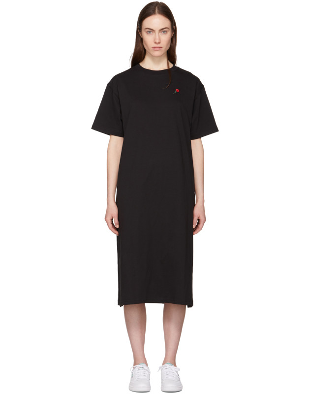 photo Black Rose T-Shirt Dress by 6397 - Image 1