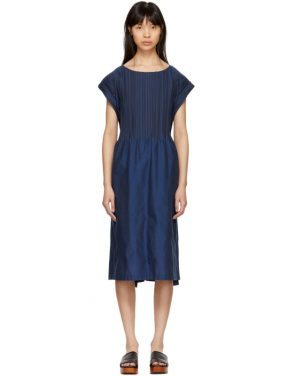 photo Blue Frame Pleats Dress by Issey Miyake - Image 1