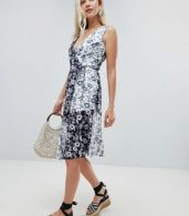 photo Willow Print Cotton Midi Dress by Warehouse, color Multi - Image 4