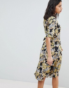 photo Floral Bloom Printed Wrap Dress by Sofie Schnoor, color Flower - Image 2