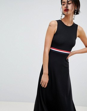 photo Stripe Waistband Dress with Back Cutout by Stradivarius, color Black - Image 1