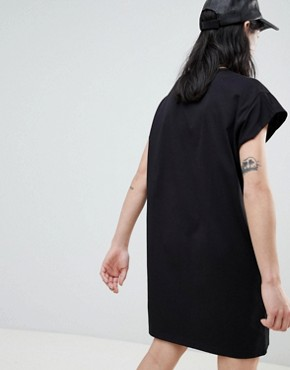 photo Jersey T-Shirt Dress by Stradivarius, color Black - Image 2