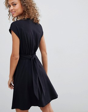 photo Mini Dress with Belt and Tortoiseshell Buttons by ASOS DESIGN, color Black - Image 2