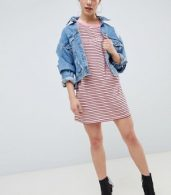 photo 'You Know It Girl' T-Shirt Dress by Missguided Petite, color Pink - Image 4