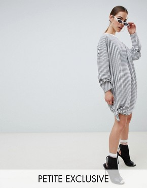 photo Oversized Stripe Knot Detail T-Shirt Dress by Missguided Petite, color White - Image 1