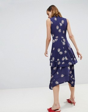 photo Tiered Fan Floral Midi Dress by Warehouse, color Navy Print - Image 2
