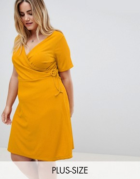 photo Wrap Dress by New Look Curve, color Yellow - Image 1