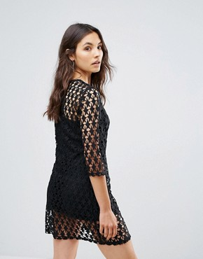 photo Star Lace Shift Dress by Liquorish, color Black - Image 2