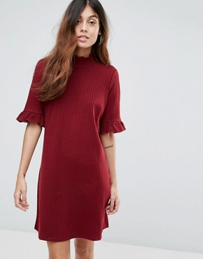 photo Ribbed Shift Dress with Frill Sleeve by Vero Moda, color Deep Berry - Image 1