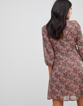 photo Printed Tea Dress with Bow Detail by Traffic People, color Red - Image 2