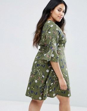 photo Wrap Dress in Floral Print by Yumi Plus, color Khaki - Image 2