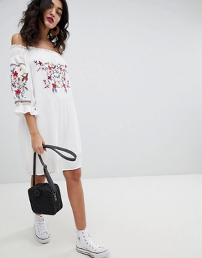photo Long Sleeve Bandeau Shift Dress with Embroidered Detail by RD & Koko, color White - Image 4