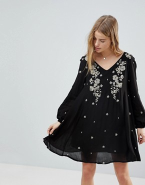 photo Long Sleeve Dress with Floral Embrodiery by RD & Koko, color Black - Image 1