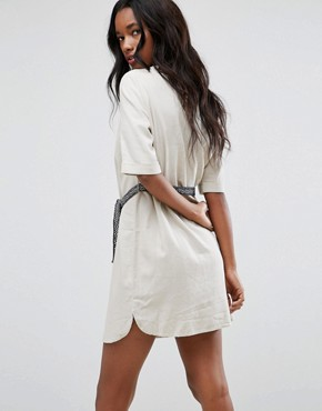 photo Tie Waist Shift Dress by Vero Moda, color Oatmeal - Image 2