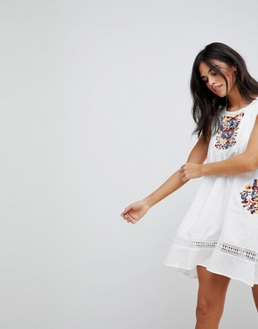 photo Embroidery Sleeveless Summer Dress by Hazel, color White - Image 1