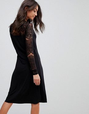 photo Ciccu Long Lace Sleeved Shift Dress by Y.A.S Tall, color Black - Image 2