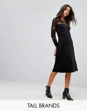 photo Ciccu Long Lace Sleeved Shift Dress by Y.A.S Tall, color Black - Image 1