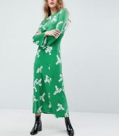 photo Maxi Tea Dress with Open Back in Green Floral by ASOS, color Green Floral - Image 2