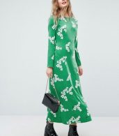photo Maxi Tea Dress with Open Back in Green Floral by ASOS, color Green Floral - Image 4