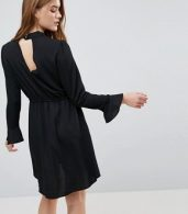 photo Johnanna Fluted Sleeve Dress by Only, color Black - Image 2