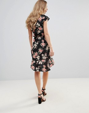 photo Floral Frill Detail Pephem Dress by Oh My Love, color Light Pink Floral - Image 2