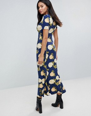 photo City Maxi Tea Dress with V-Neck and Button Detail in Blue Floral Print by ASOS TALL, color Navy Floral - Image 2