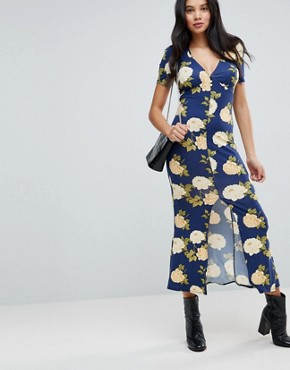 photo City Maxi Tea Dress with V-Neck and Button Detail in Blue Floral Print by ASOS TALL, color Navy Floral - Image 4