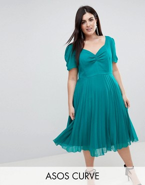 photo Pleated 40s Midi Tea Dress by ASOS CURVE, color Green - Image 1