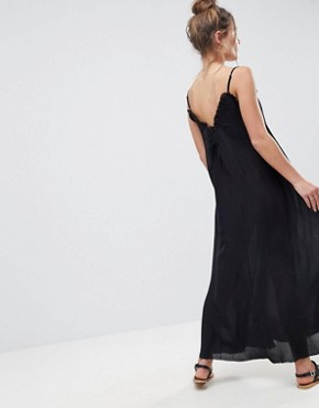 photo Scoop Back Maxi Dress in Crinkle by ASOS, color Black - Image 2