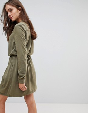 photo Twisted Knot Shirt Dress by Pepe Jeans, color Dark Khaki - Image 2