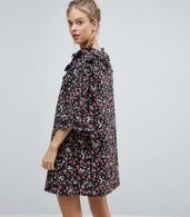 photo Frill Sleeve Floral Shift Dress by Influence, color Multi - Image 2