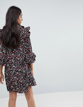photo Frill Sleeve Floral Shift Dress by Influence Tall, color Multi - Image 2