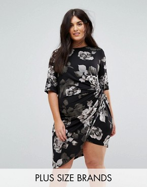 photo Asymetric Midi Dress in Mono Floral by Yumi Plus, color Black - Image 1