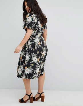 photo Wrap Front Midi Dress in Floral Print by Yumi Plus, color Black - Image 2