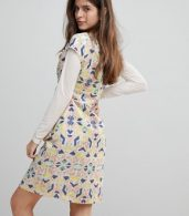 photo Cap Sleeve Geoprint Dress with D-Ring and Attached Belt by Liquorish, color Multicolor And Glitt - Image 2
