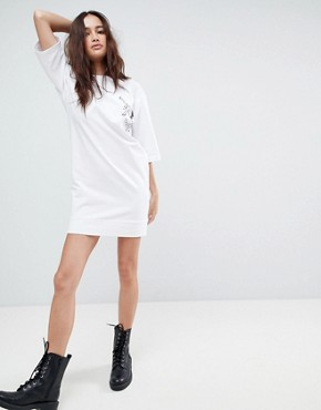 photo Cocktail Print T-Shirt Dress by Uncivilised, color White - Image 4