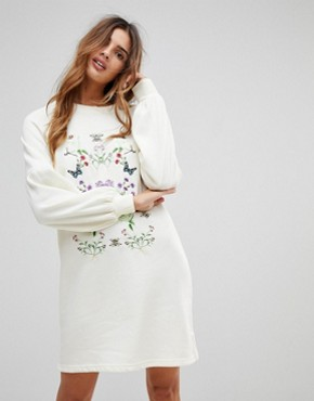 photo Embroidered Sweater Dress by Vero Moda, color Winter White - Image 1