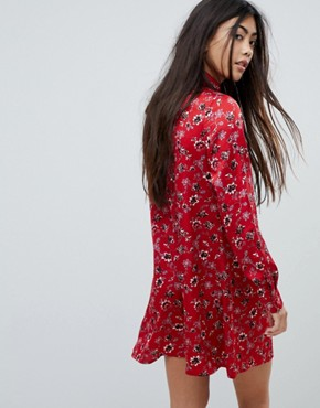 photo Long Sleeve Shirt Dress in Vintage Floral by Glamorous Petite, color Red - Image 2