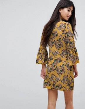 photo High Neck Floral Dress with Flare Sleeve by Parisian Petite, color Mustard - Image 2
