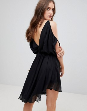 photo Matteo Cold Shoulder Dress by Finders Keepers, color Black - Image 2