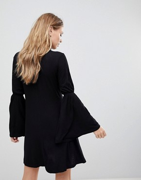 photo Countdown Flared Sleeve Dress by the Fifth, color Black - Image 2