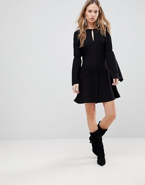 photo Countdown Flared Sleeve Dress by the Fifth, color Black - Image 4