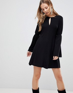 photo Countdown Flared Sleeve Dress by the Fifth, color Black - Image 1